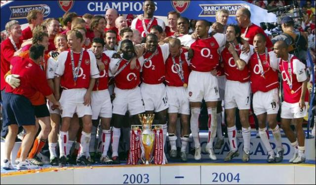 Arsenal Fc invincible team with 49 games unbeaten